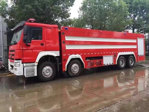 24吨泡沫消防车